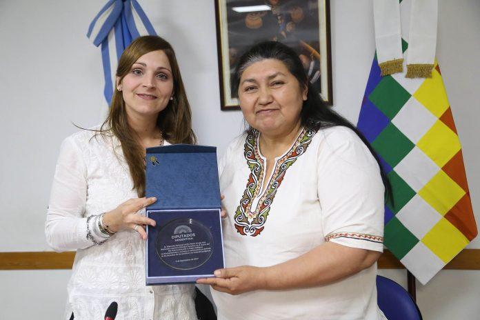 Fortalece SMO ejercicio de derechos de mujeres indígenas