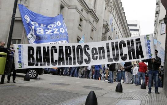 Palazzo criticó la reforma laboral: