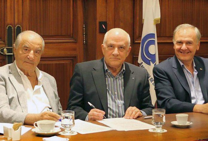 Paritarias: Comercio firmó el pago de un 6% de claúsula gatillo