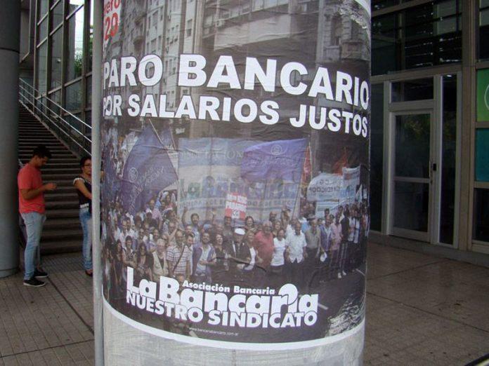 Los bancarios acusaron una provocación y vuelven a la lucha