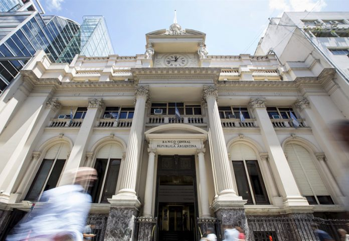 El dólar en Tucumán ya supera los $25,50