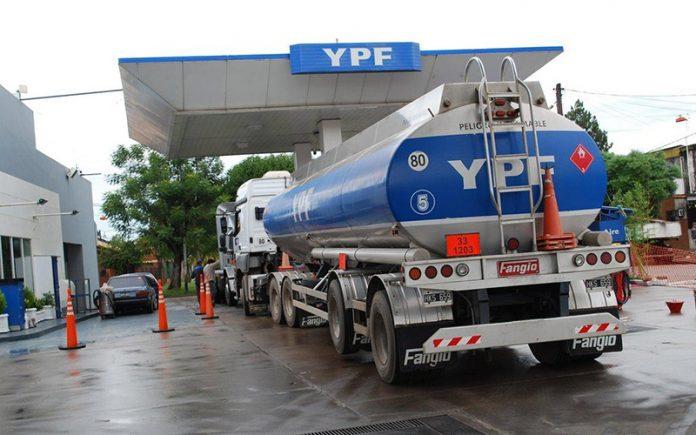 YPF refinancia su deuda para impulsar un plan de inversiones